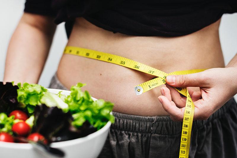 Maladaptív étkezési szokások szerepe az elhízásban és a sikertelen fogyókúrákban